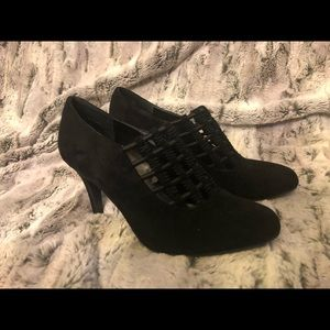 Impo stretch black boots. Size 6